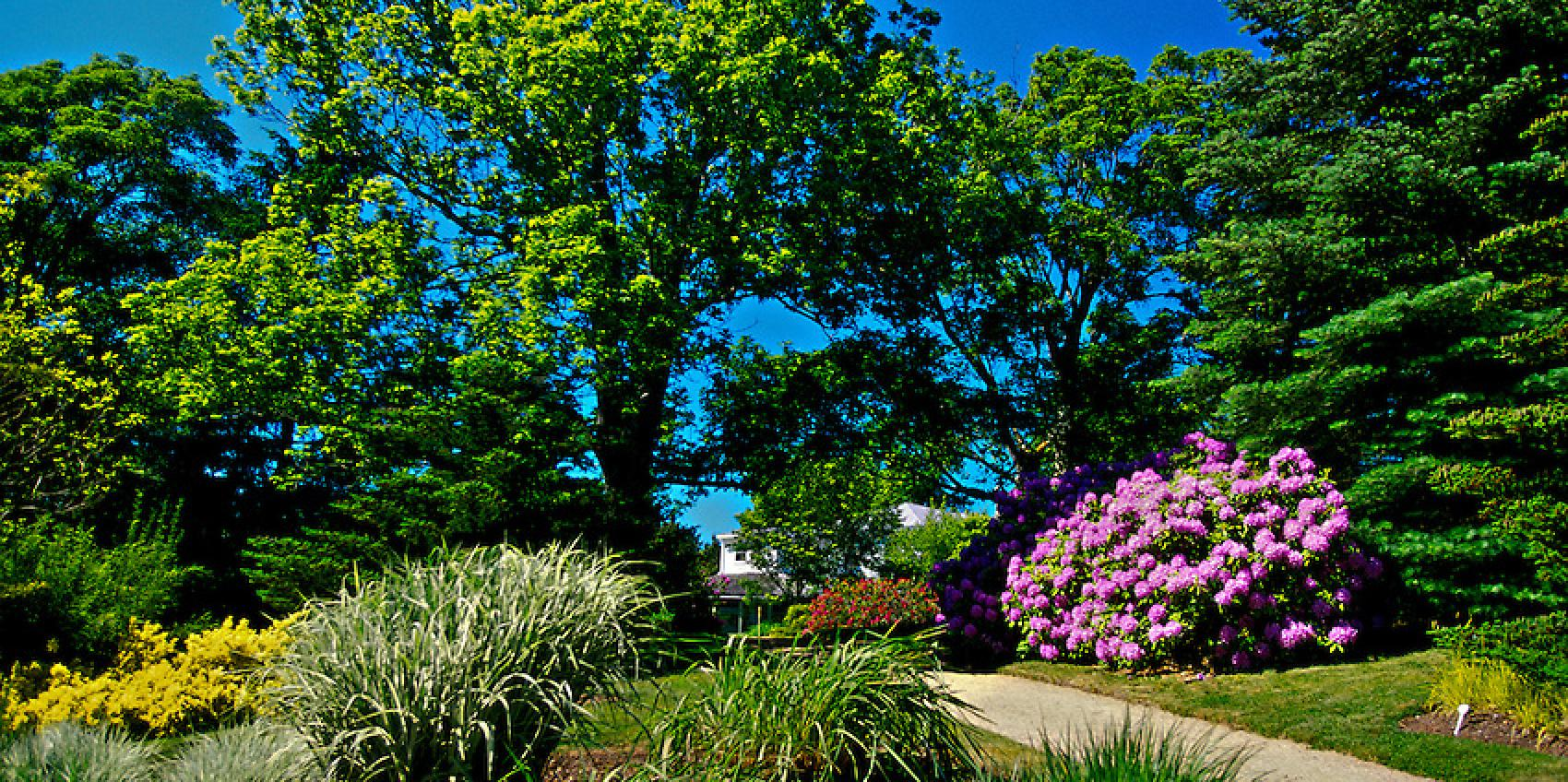 The Annapolis Royal Historic Gardens Is A 17 Acre Display Garden Located In  Historic Annapolis Royal, Nova Scotia. The Gardens Are Designed To  Interpret ...