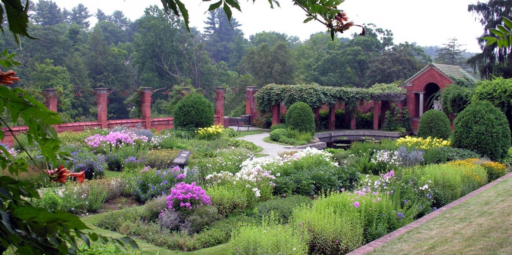 Roosevelt vanderbilt national historic site american for American garden association