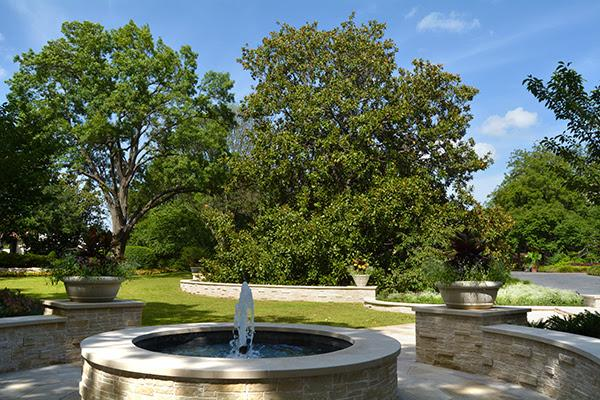Dallas Arboretum Adds New Garden Named For Special Member Val Late. U201c